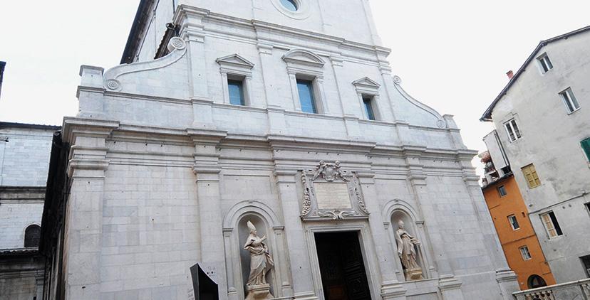L'Avvento a Lucca: con i fedeli prosegue<br>il dialogo settimanale di preti e diaconi