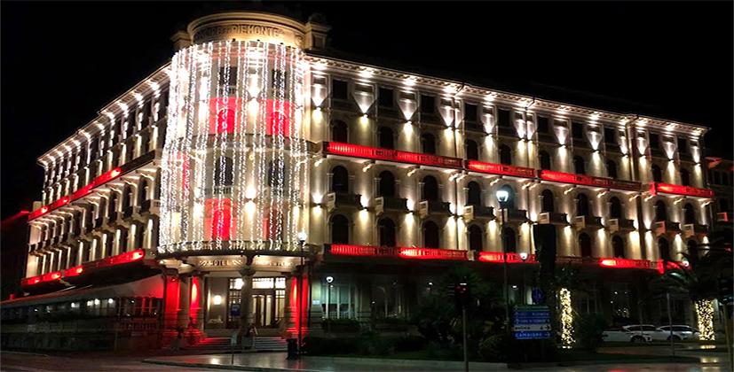Il Grand Hotel Principe di Piemonte risplende<br>in tutta la sua bellezza illuminato a festa